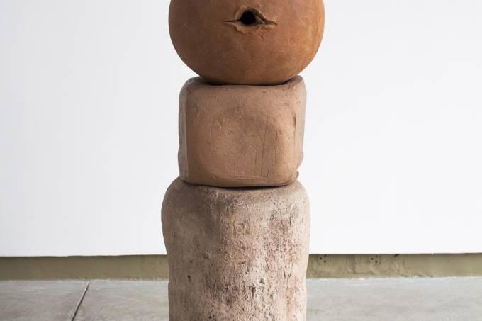 """""""Molde – Conversas em torno da escultura e do corpo feminino"""""""